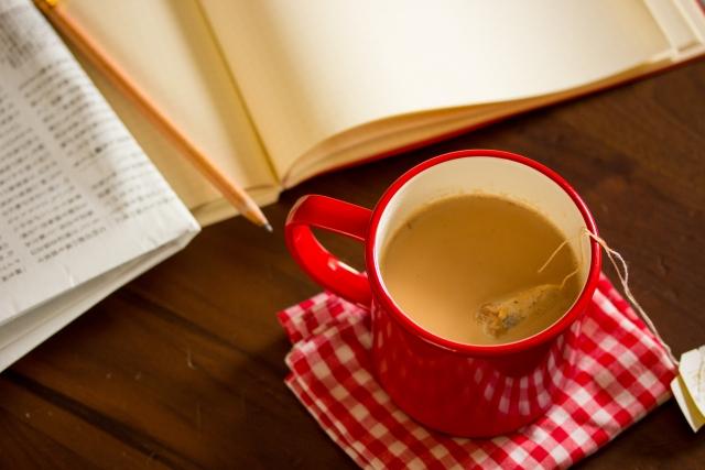 紅茶のミルク後入れ派が8割?!2003年王立科学協会の発表から15年