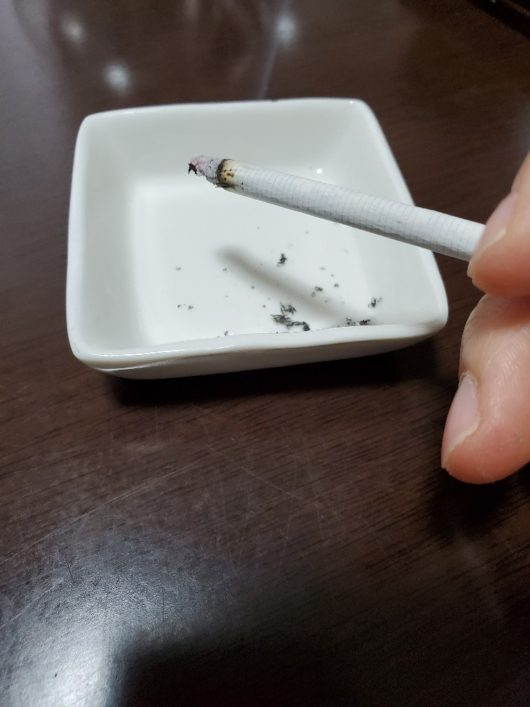 茶たばこ吸ってみる