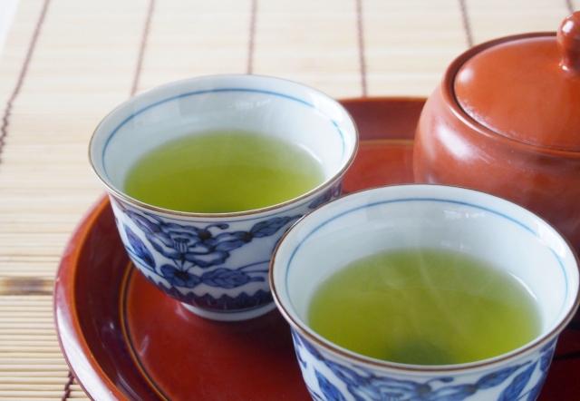 緑茶の水出し?淹れ方でカフェインの量は変わる?