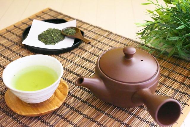 急須と煎茶
